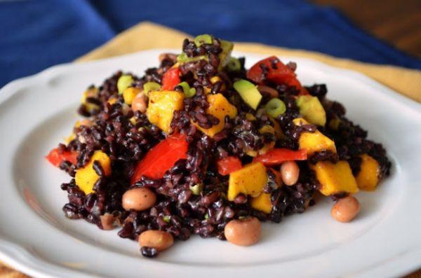 Esmer Pirinc Salatasi Tarifi