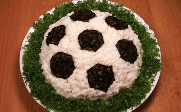 Futbol Topu salatasi