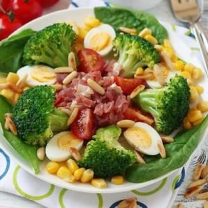 Brokoli-Salatasi-300x300