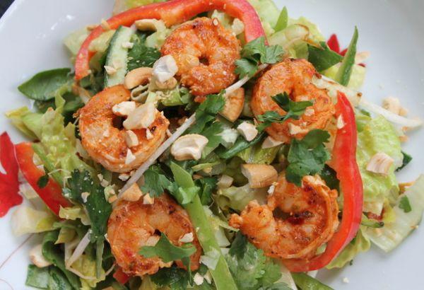 Karides Salatasi